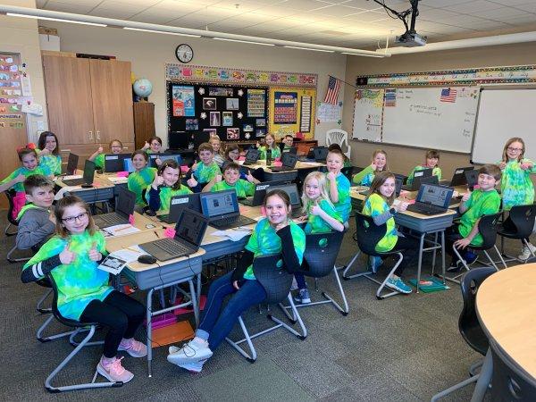 Third graders in Mrs. Faith's class enjoying the technology!
